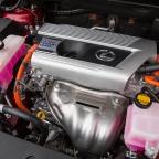 2015-Lexus-NX-300h-044