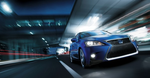 20131121_02-Nieuwe-Lexus-CT-200h-F-SPORT-LINE-onthuld-op-Guangzhou-Motor-Show