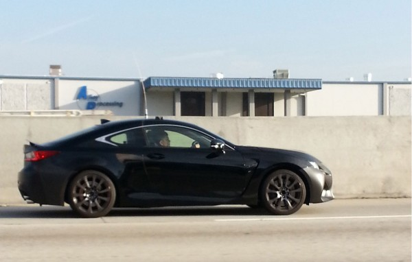 14-03-11-lexus-rc-f-black-side