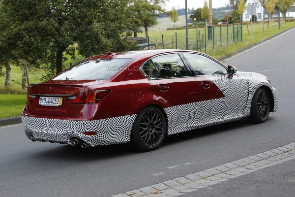 14-09-29-lexus-gs-f-prototype-side