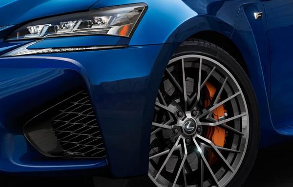 20141217-01-Weer-een-nieuwe-high-performance-F-van-Lexus