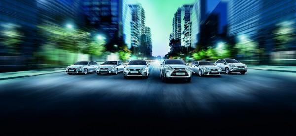 20150121-01-Lexus-luidt-25-jarig-Nederlands-jubileum-in-met-rijk-uitgeruste-25th-Editions-Lexus-Hybrid-Range